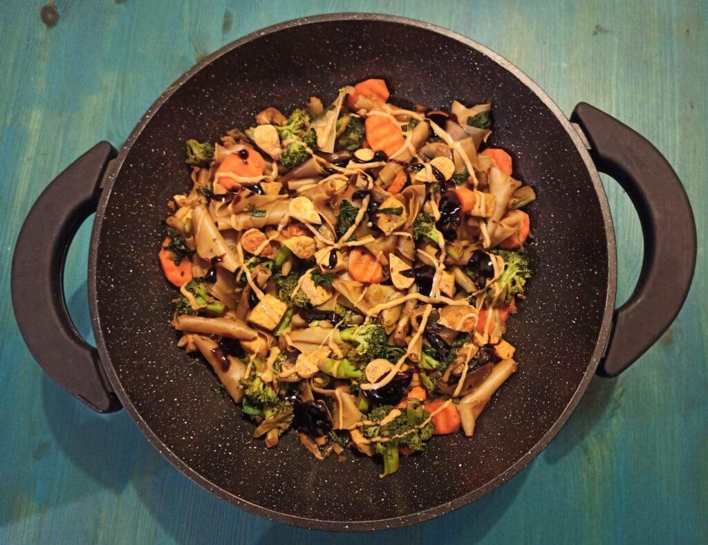 קארי ירקות וטופו